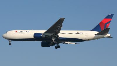 N1501P - Boeing 767-3P6(ER) - Delta Air Lines