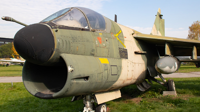 5502 - LTV A-7P Corsair II - Portugal - Air Force