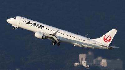 JA252J - Embraer 190-100STD - J-Air
