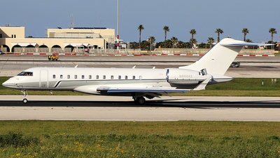 N4444X - Bombardier BD-700-1A10 Global 6000 - Private