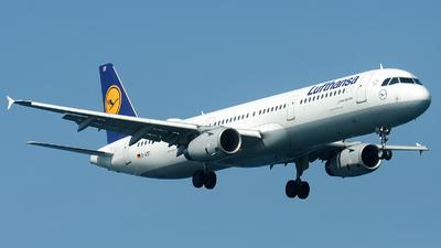 A picture of DAIDT - Airbus A321231 - Lufthansa - © Alexander Portas