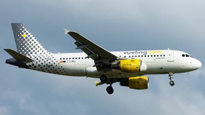 A picture of ECMIQ - Airbus A319112 - Vueling - © Alexander Schürmann