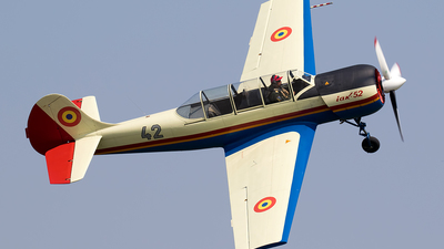 42 - Yakovlev Yak-52 - Romania - Air Force