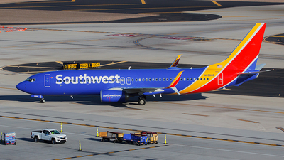 N8568Z - Boeing 737-8H4 - Southwest Airlines
