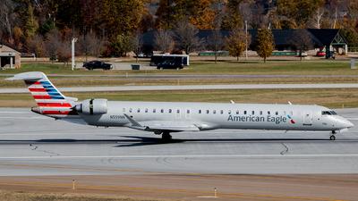 A picture of N559NN - Mitsubishi CRJ900LR - American Airlines - © Mark Brandon