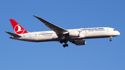 A picture of TCLLI - Boeing 7879 Dreamliner - Turkish Airlines - © Emre Tanrivermis