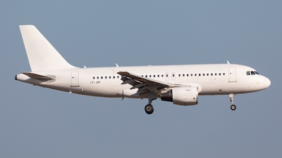 LY-JAY - Airbus A319-112 - GetJet Airlines