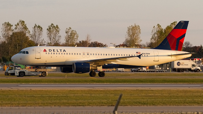 A picture of N361NW - Airbus A320212 - Delta Air Lines - © Jeremy D. Dando
