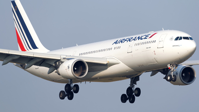 F-GZCN - Airbus A330-203 - Air France