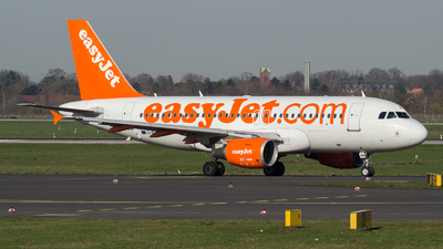 A picture of GEZAN - Airbus A319111 - easyJet - © Tjorve. Henzler
