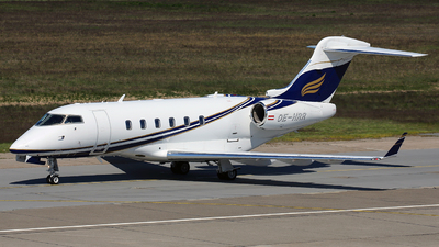 OE-HRR - Bombardier BD-100-1A10 Challenger 300 - Amira Air