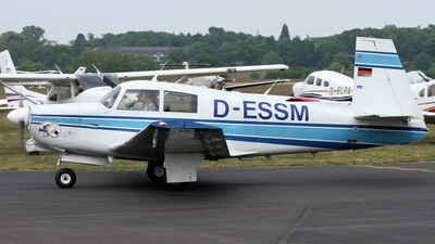 D-ESSM - Mooney M20C - Private