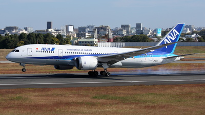 A picture of JA811A - Boeing 7878 Dreamliner - All Nippon Airways - © Tokubee