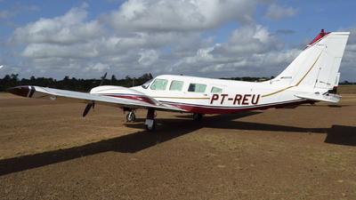 PT-REU - Embraer EMB-810C Seneca II - Aerotop