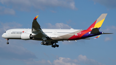 F-WZFF - Airbus A350-941 - Asiana Airlines
