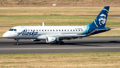 A picture of N196SY - Embraer E175LR - Alaska Airlines - © Yan777