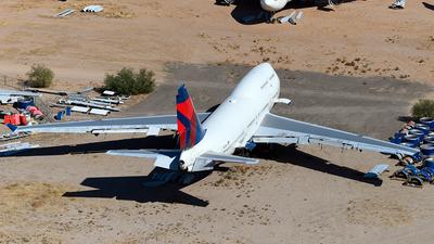 N674US - Boeing 747-451 - Untitled