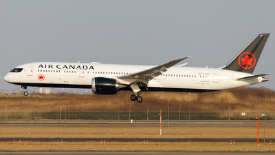 A picture of CFNOE - Boeing 7879 Dreamliner - Air Canada - © H.C.