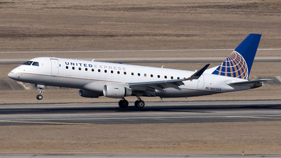 A picture of N85358 - Embraer E175LR - United Airlines - © Yixin Chen