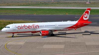 D-ABCJ - Airbus A321-211 - Air Berlin