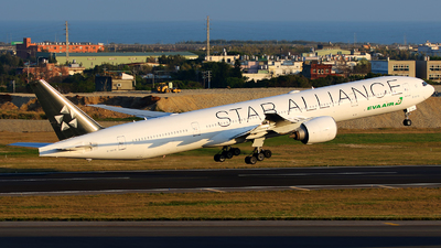 A picture of B16715 - Boeing 77735E(ER) - EVA Air - © AIRSHI