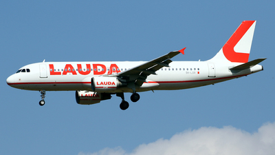 9H-LOR - Airbus A320-214 - LaudaMotion