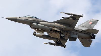 4065 - Lockheed Martin F-16C Fighting Falcon - Poland - Air Force