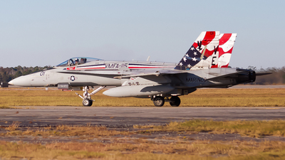 163169 - McDonnell Douglas F/A-18A Hornet - United States - US Marine Corps (USMC)