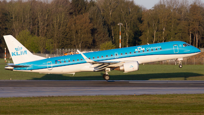 A picture of PHEZF - Embraer E190STD - KLM - © RobertLN