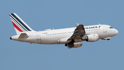 A picture of FGRXD - Airbus A319111 - Air France - © Enzo Gattullo - Plane Spotters Bari