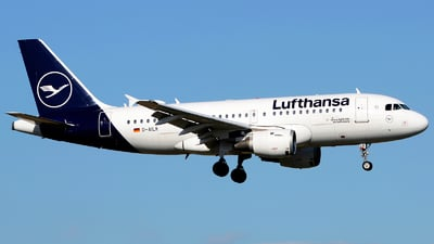 A picture of DAILK - Airbus A319114 - Lufthansa - © Stefano Betti