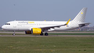 EC-NAY - Airbus A320-271N - Vueling