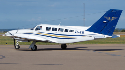 VH-TSI - Cessna 402C - Goldfields Air Services