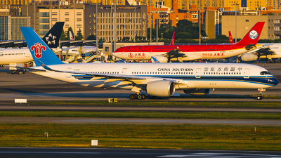 B-30F0 - Airbus A350-941 - China Southern Airlines