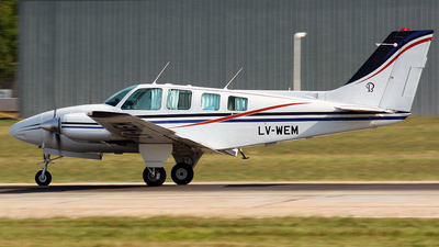 LV-WEM - Beechcraft 58 Baron - Private