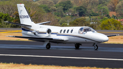 A picture of N220HM - Cessna 501 Citation ISP - [5010182] - © Spottergirl_777