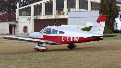 D-EHHW - Piper PA-28-140 Cherokee - Private