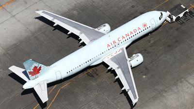 C-FTJS - Airbus A320-211 - Air Canada