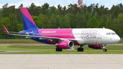 A picture of HALSB - Airbus A320232 - Wizz Air - © Fabian Dirscherl