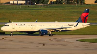 N113DX - Airbus A321-211 - Delta Air Lines