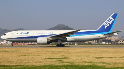 JA704A - Boeing 777-281 - All Nippon Airways (ANA)