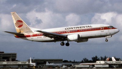 N17309 - Boeing 737-3T0 - Continental Airlines