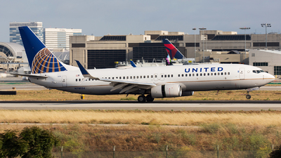 A picture of N78524 - Boeing 737824 - United Airlines - © Thomas Ernst