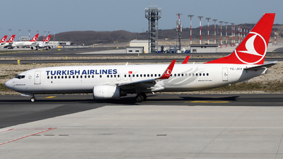 A picture of TCJVY - Boeing 7378F2 - Turkish Airlines - © Firat Cimenli