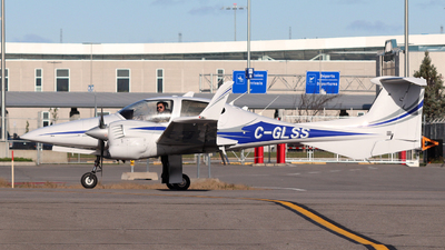 C-GLSS - Diamond DA-42 NG Twin Star - iFly College