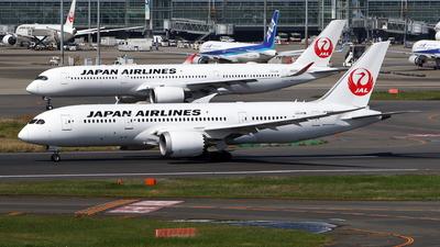 A picture of JA828J - Boeing 7878 Dreamliner - Japan Airlines - © kouyagi