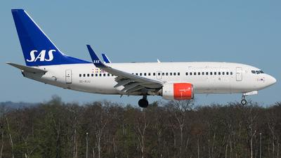 SE-RJU - Boeing 737-76N - Scandinavian Airlines (SAS)