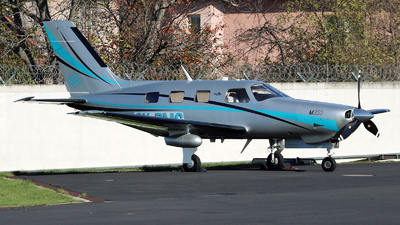 A picture of OKPMG - Piper PA46M350 - OK Aviation Group - © Roman Eisenreich