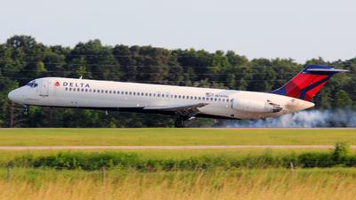 N780NC - McDonnell Douglas DC-9-51 - Delta Air Lines