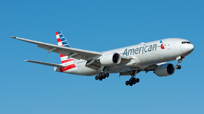 A picture of N770AN - Boeing 777223(ER) - American Airlines - © Ramon Jordi